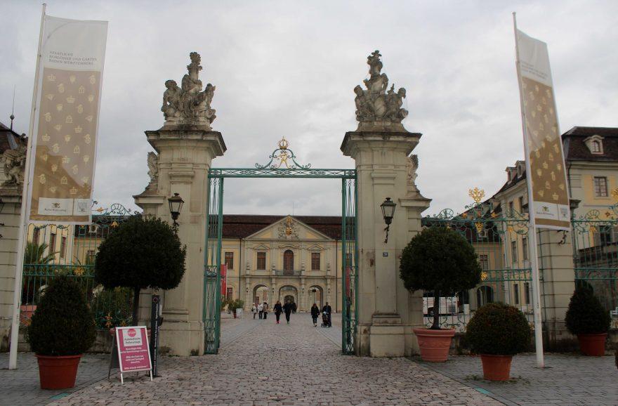 Seniorenausflug der Gemeinde Rodenbach nach Ludwigsburg ...